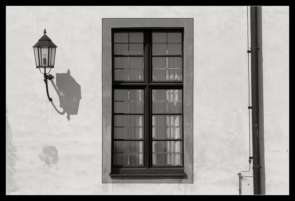 Laterne - Fenster - Rinne